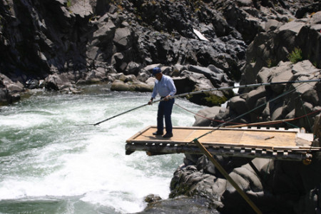 One of the 600 tribal fishers supported by CRITFC at work on the Columbia River